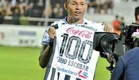 Santaní celebró los 100 goles de Fabio